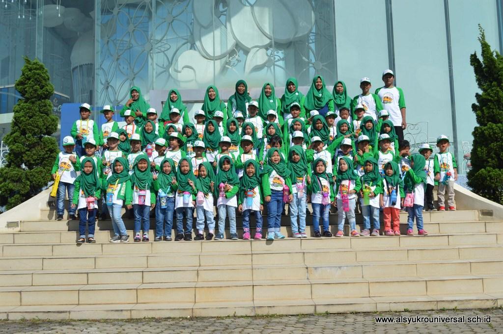 Wisata Edukasi KB/TK Islam Al Syukro Universal